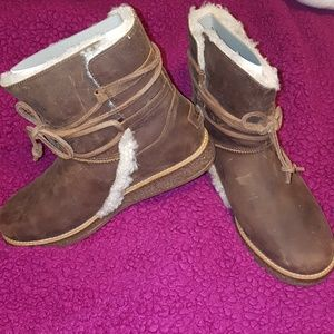 UGG Shoes - NEW UGH Boots