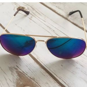 e7942cc125 Mirrored Aviators Blue  Gold. Boutique