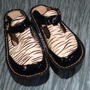 Alegria Shoes - Alegria slip on mules