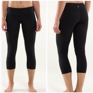 lululemon athletica Pants - Lululemon Wunder Under Crop Leggings