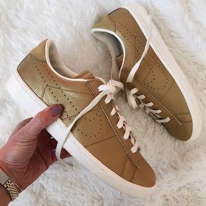Nike Shoes - NWOB ✨ NIKE CLASSIC PREMIUM GOLD SZ 7y | 8.5 women
