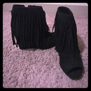 Rue21 Shoes - Black fringe pump heels