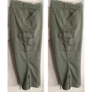 Lane Bryant Pants - Cropped Cargo Pant
