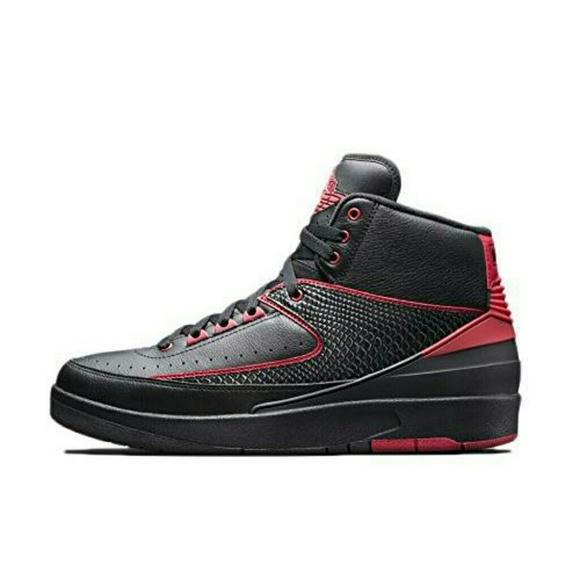 wholesale dealer 52396 3e683 Air Jordan Retro 2 ii Black/Varsity Red Sneakers