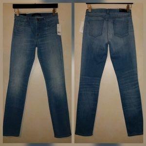 J Brand Denim - J Brand Skinny Mid Rise Stretch Jeans Vestige