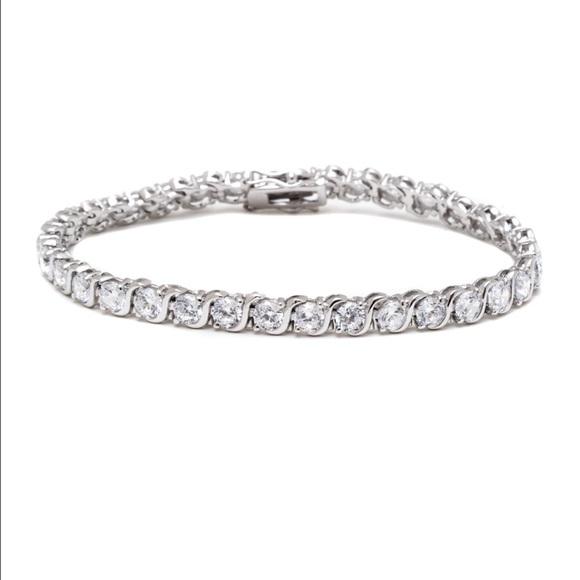 swarovski new stunning s shape tennis bracelet from. Black Bedroom Furniture Sets. Home Design Ideas
