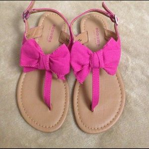 Sonoma Other - NWOT Pink Bow Sandals!