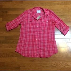 American Eagle Outfitters Tops - American Eagle Favorite Shirt in Pink Plaid