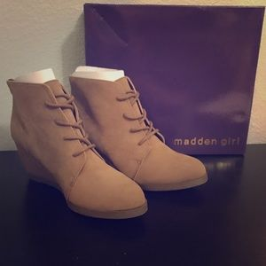 New Madden Girl Brown Ankle Boots 7.5