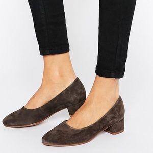 Nasty Gal Shoes - NWT Vagabond Jamilla Dark Gray Suede Block Heel