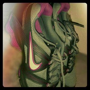 NIKE Shoes - Nike shocks