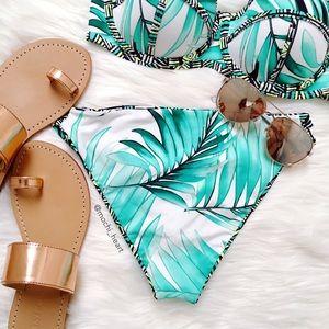 Body Glove Other - Body Glove • bali reversible bikini bottom