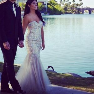 Terani Couture Dresses & Skirts - Prom dress