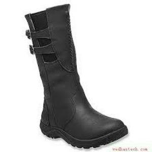 Keen Shoes - EUC! Keen Leather Waterproof Black Boots Sz. 5