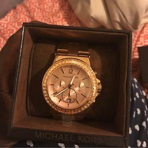 Michael Kors Accessories - NWT Michael Kors Woman's Dylan Rose Gold Watch