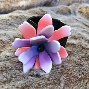 Anthropologie Jewelry - Anthropologie Elastic Flower Bracelet
