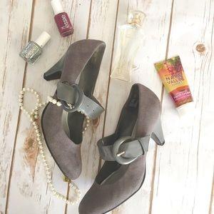 Jaclyn Smith Shoes - Jaclyn Smith buckle grey fabric heels