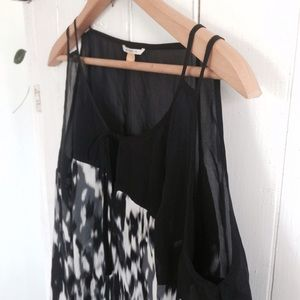 Anthropologie Tops - Anthro SILK cut out shoulder blouse