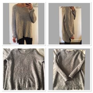 Willow & Clay Sweaters - Heather Gray Willow & Clay Sweater