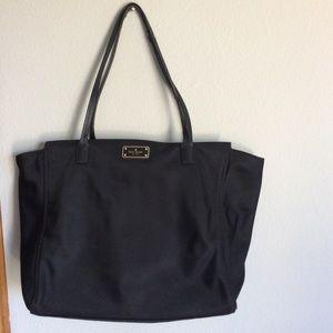 Kate spade ♠️ large tote bag zipper closure