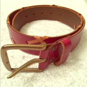 GAP Leather Belt. Great condition. Size Small.