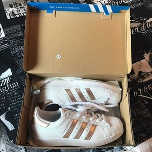 Adidas Shoes - NEW adidas superstar rose gold