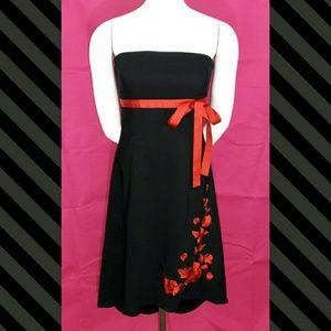 Lipstick Boutique Dresses & Skirts - 🍸HP🍸Lipstick Strapless Red Floral Black Dress