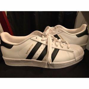 Adidas Shoes - LIKE NEW Adidas Original Superstar Sneaker