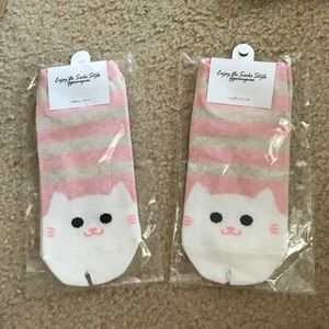 Accessories - 😻White Kitty Cat Socks