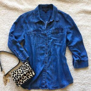 Foxcroft Tops - 🎉HP-3/17🎉 Foxcroft Chambray Denim Shirt, sz 8P