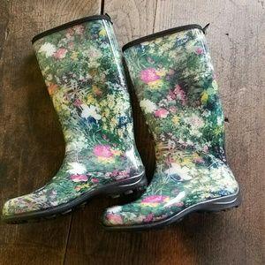 Kamik Shoes - 🎉HP 🎉Floral Rain Boots - Womens 8