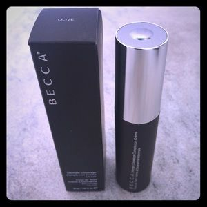 BECCA Other - Becca Ultimate Coverage foundation in Olive