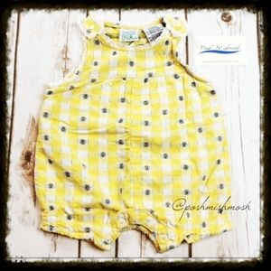 Other - ❎3/$15 Yellow and White Bee Jumper 6-9 M
