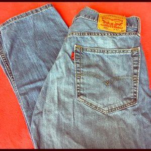 Levi's Other - Men's Levi's light blue jeans 👖 W33 L30
