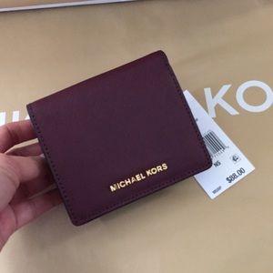 Michael Kors Handbags - 💐😍Michael Kors Jet Set Travel Leather Card Case