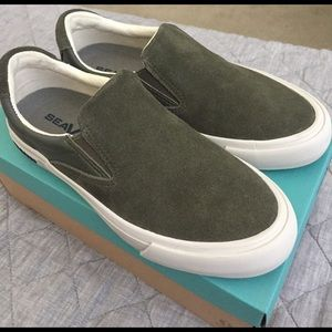 SeaVees Shoes - Seavees Hawthorne slip on Wintertide- 'Army', 5.5
