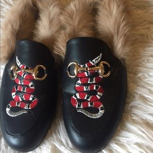 Shoes - Snake embroidery loafers