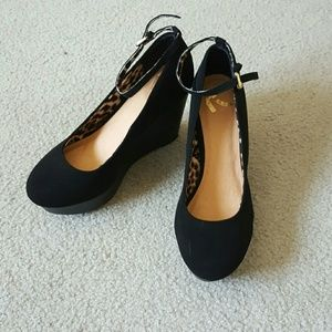 Report Shoes - Report Mary Janes