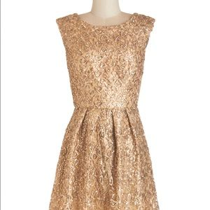 ModCloth Dresses & Skirts - ModCloth Gold Dress