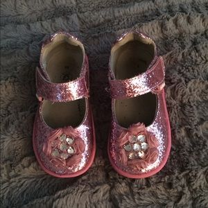 pediped Other - Amazing toddler shoes!