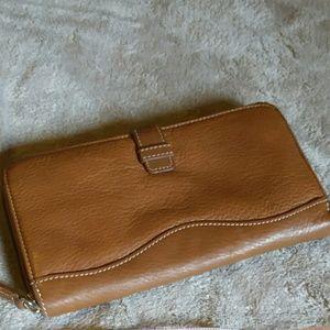 Tignanello Handbags - Tignanello leather wallet