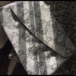 Handbags - Clutch handbag