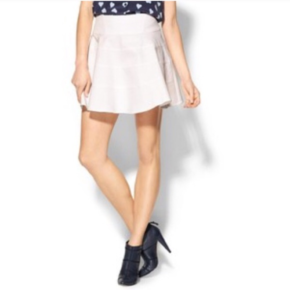 Joie Dresses & Skirts - 🎉500k SALE🎉NWT Joie Sherre White Flared Skirt