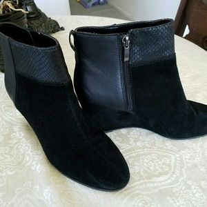 Tory Burch Shoes - Tahari suede boot