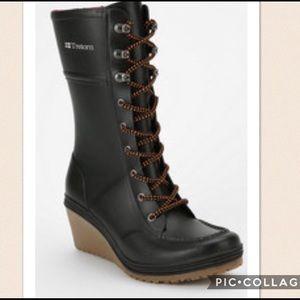Tretorn Shoes - Nordstrom Tretorn wedge rain boots sz 8.5 $100