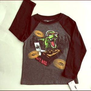 Epic Threads Other - 🎈New with tags EPIC THREADS BOY BASEBALL SHIRT 4T