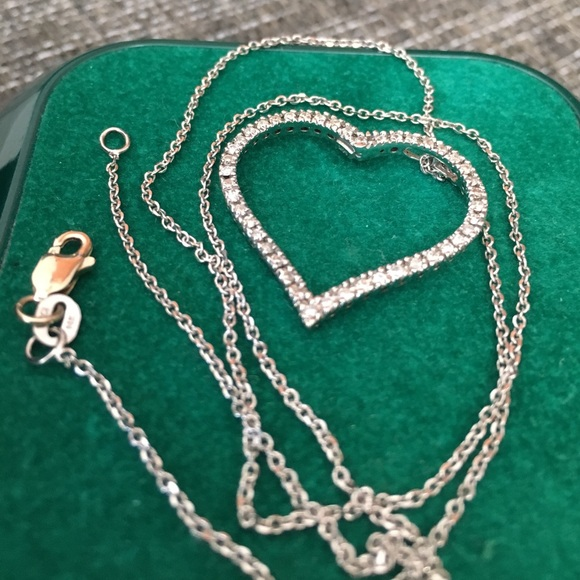Jewelry - 14K White Gold Diamond Heart Brand New in Box
