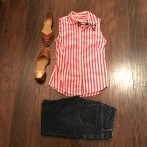 BANANA REPUBLIC sleeveless button down top