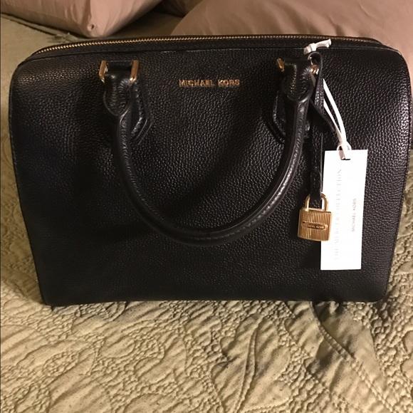 Michael Kors Bags   New Medium Duffle Black   Poshmark 186c3d6a09