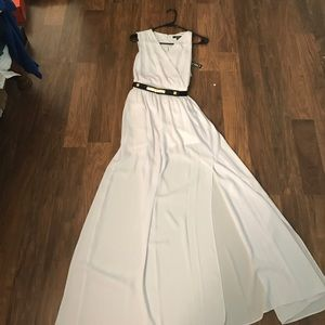 XOXO Dresses & Skirts - XOXO maxi dress